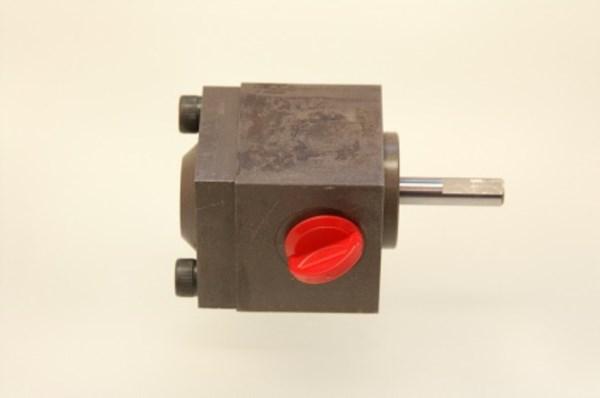Pumpe mit Sonderwelle 0,45cm³